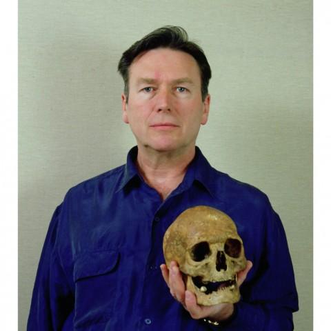 Autoportrait au crâne. 1997