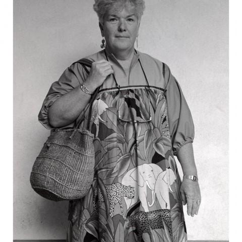 Dame avec un panier en osier. Santa Fe NM. 1989