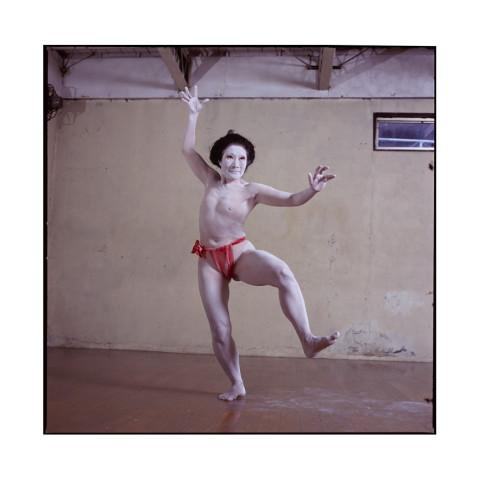 Ima Tenko, danseuse Butoh et chorégraphe, dans son atelier. Kyoto 2017
